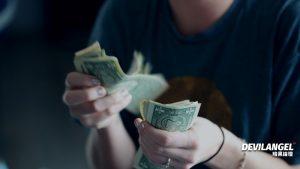 視訊主播薪水怎麼算?在家工作月入5萬有可能嗎?